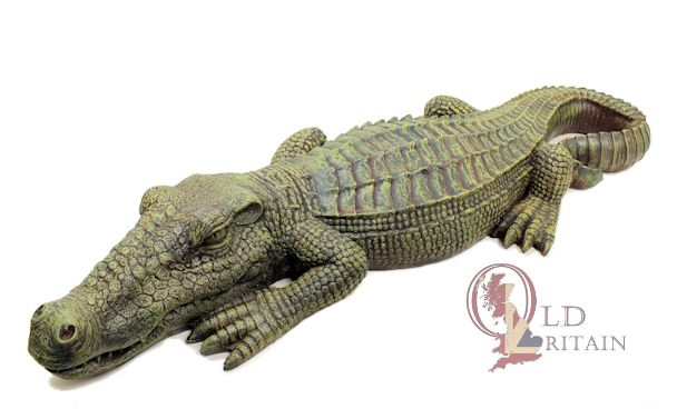 alligator statue large crocodile sculpture garden ornament. Black Bedroom Furniture Sets. Home Design Ideas
